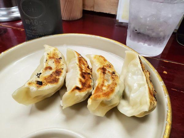 「焼き餃子S」@九州大分ラーメン 麺恋亭 中華街店の写真