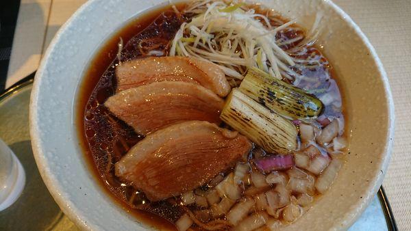 「黒鴨醤油ラーメン 800円」@麺の鴨匠の写真