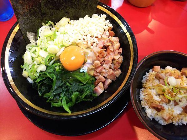 「【限定】恵寿卵油そば+半賄い飯 770+150円」@家系ラーメン とらきち家の写真