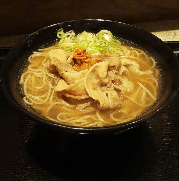 「肉骨茶(バクテー)そば」@名代 富士そば 神楽坂店の写真