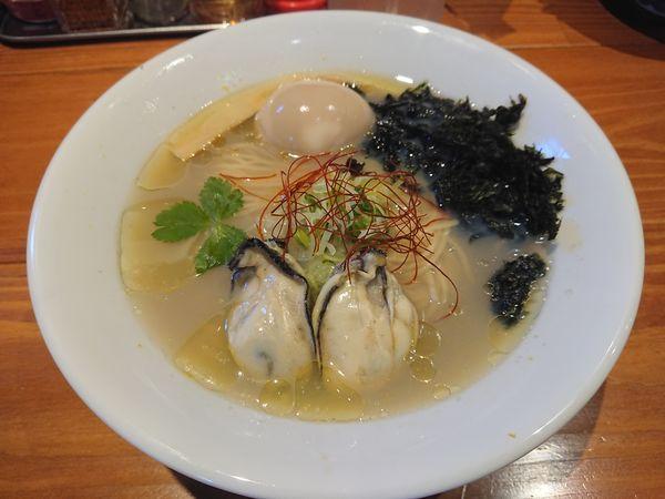 「【数量限定】牡蠣の塩そば880円+茶漬けセット120円」@麺屋 真心の写真