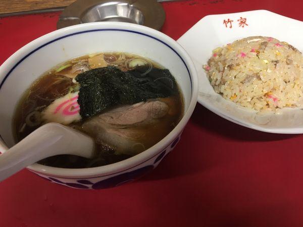 「半ラーメン+半チャーハン」@中華料理 ラーメン 竹家の写真