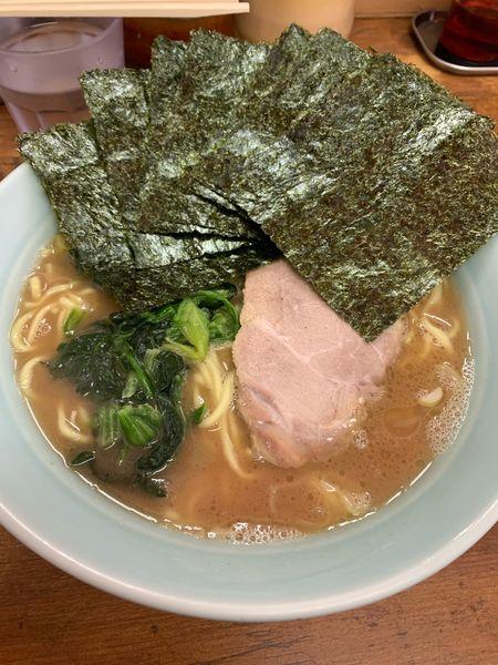 「ラーメン中盛、のり増し」@横浜ラーメン 武蔵家 船橋店の写真