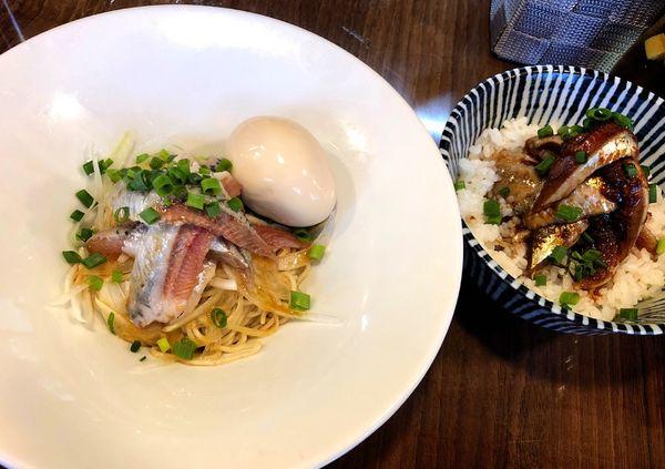 「いわしそば(味玉).いわし丼」@寿製麺よしかわ 保谷店の写真