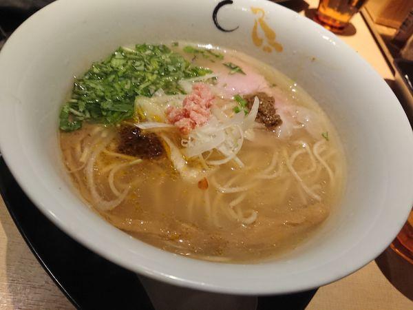 「真鯛と蛤の塩そば 950円」@SOBAHOUSE 金色不如帰 新宿御苑本店の写真