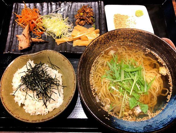 「朝拉麺定食」@和風創作拉麺 天雷軒九段下の写真