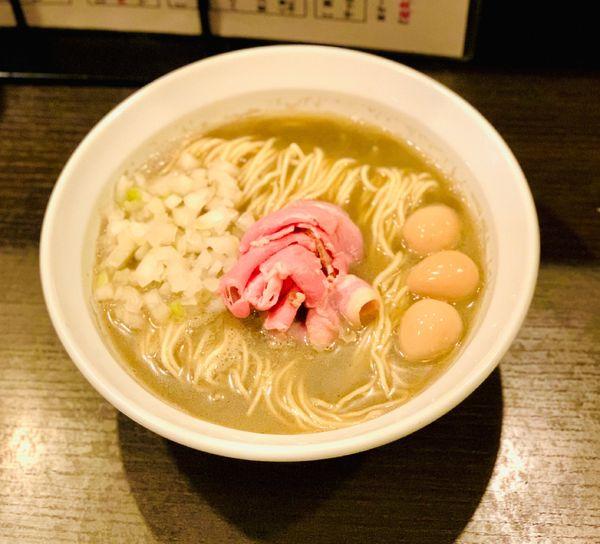 「煮干そば classic」@灰汁中華 丿貫 福富町本店の写真