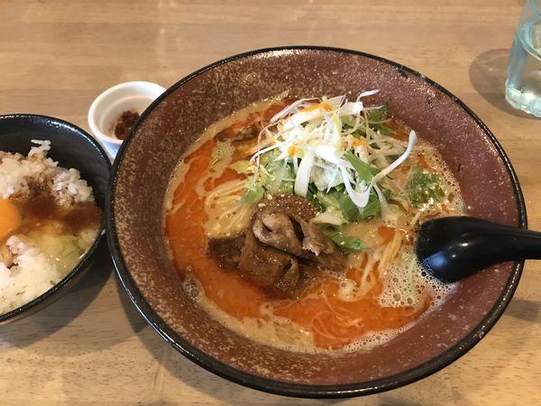 「担々麺+激辛玉 Lv2+クーポン玉めし」@まるはたんたんめんの写真