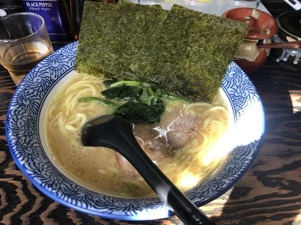 「醤油ラーメン750円」@豚骨醤油 蕾の写真